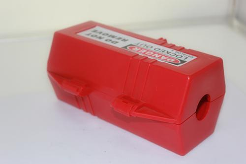 ZC-D42 203g Plug Lock Out For Large 220 / 500v Plug Rugged Polypropylene