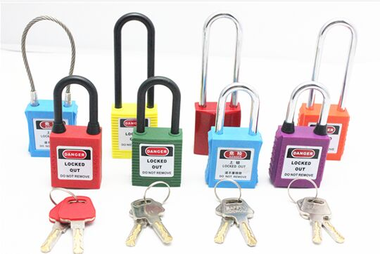 76 Mm Steel Safety Lockout Padlocks With Plastic Lock Body Corrosion Resistance