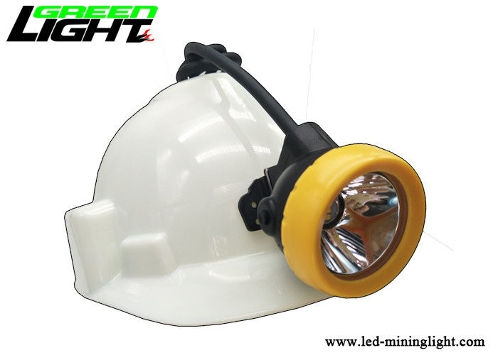 10000lux Brightness LED Mining Light 18 Hours Working Time 7.8Ah Li - Ion Battery Capacity