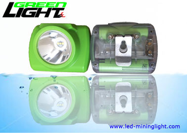 China Cordless LED Mining Light Waterproof IP68 Super Brightness With OLED Screen factory